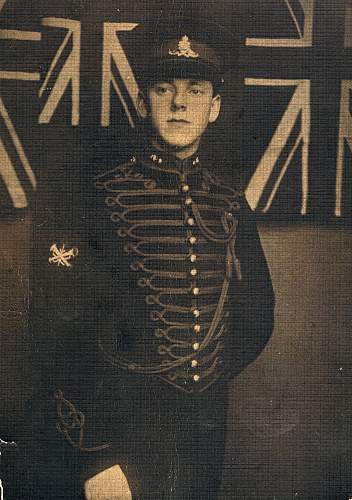 Click image for larger version.  Name:Stanley in uniform.jpg Views:151 Size:217.5 KB ID:853770
