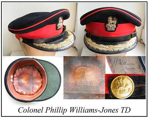 Click image for larger version.  Name:RWF senior officer forage cap Col P Williams Jones mv.jpg Views:210 Size:293.2 KB ID:862066