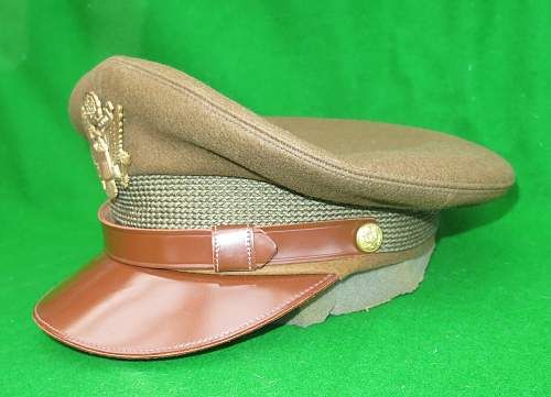 Click image for larger version.  Name:US WW2 Officer crusher cap 002.jpg Views:85 Size:219.0 KB ID:876324