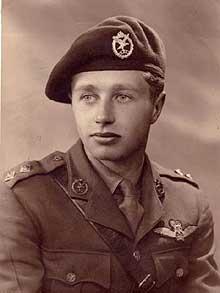 Glider Pilot Regiment dress peaked cap?