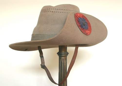 Click image for larger version.  Name:3rd_IY_slouch_hat_01_s.jpg Views:3 Size:60.9 KB ID:924609