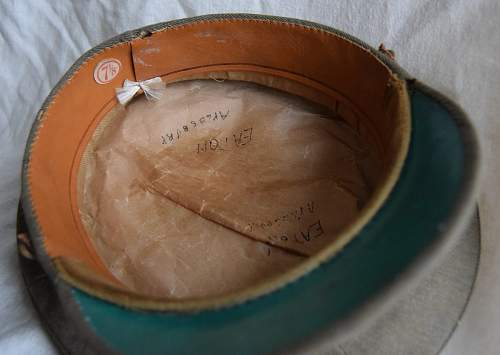 Click image for larger version.  Name:WWI SD cap 4.jpg Views:32 Size:194.5 KB ID:929990