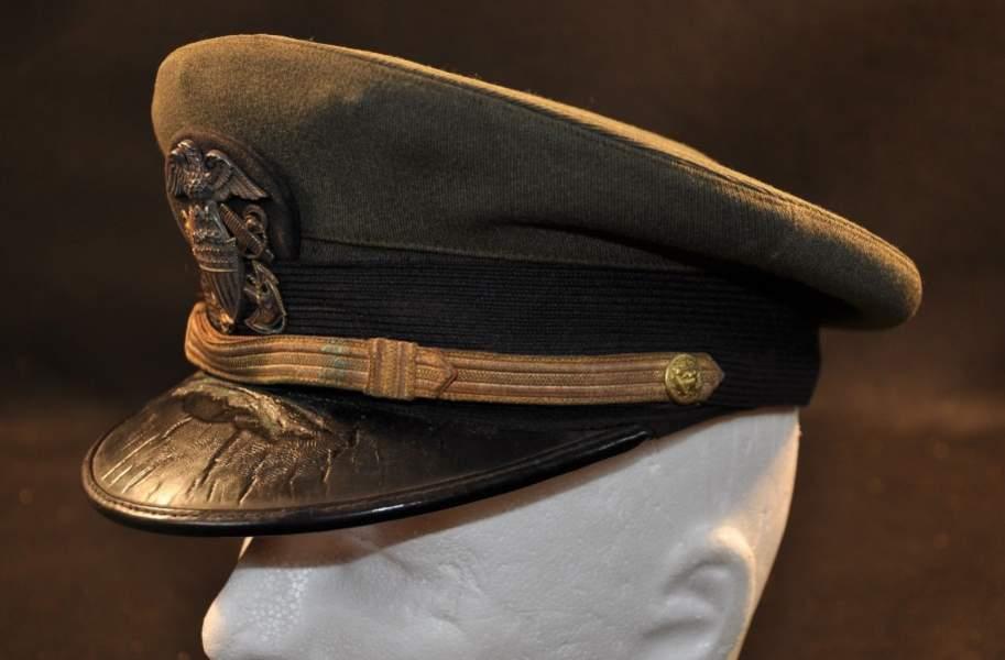 cfd9a800e1d WW2 US NAVY Officers cap.