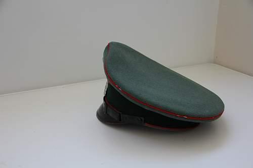 big confusion about artillery visor cap