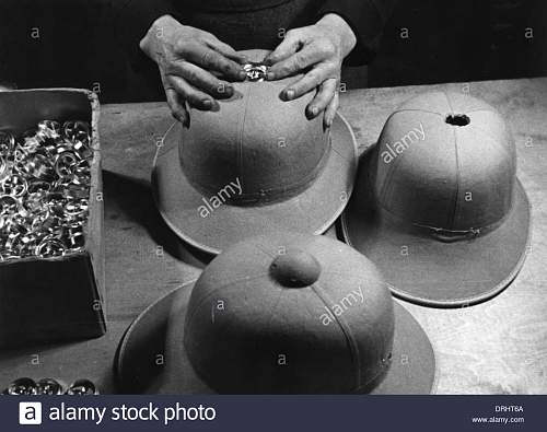 Click image for larger version.  Name:making-pith-helmets-for-the-german-afrika-korps-wwii-DRHT6A.jpg Views:12 Size:137.3 KB ID:1022145
