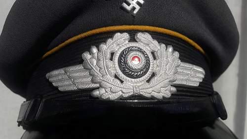 Click image for larger version.  Name:Luftwaffe Schirmmütze (7).jpg Views:40 Size:230.1 KB ID:1023424