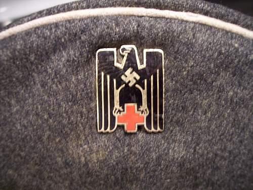 Click image for larger version.  Name:German Visor Hat Medical 007.jpg Views:109 Size:248.8 KB ID:102612