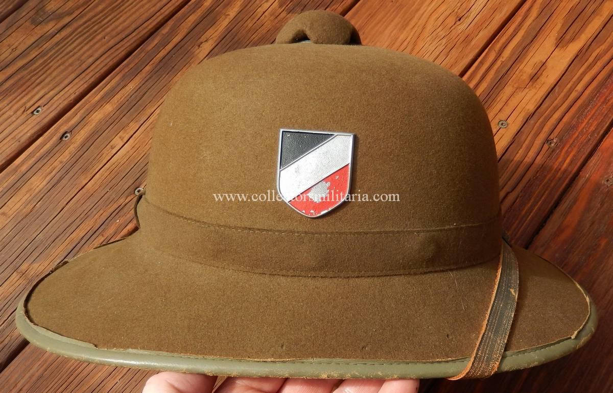 41f7db0f03248 Felt german pith helmets