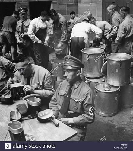 NSDAP visor hat - rank?