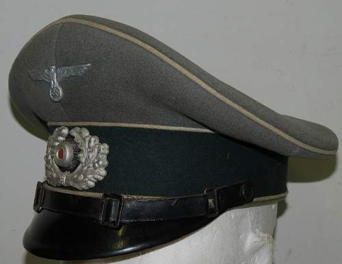 Heer Infantry EM/NCO Visor Cap - Opinions Please!