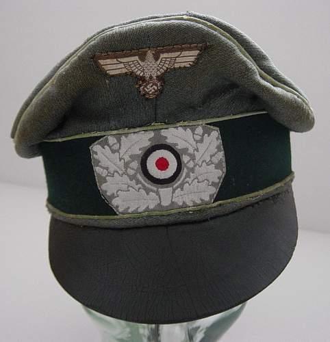 Click image for larger version.  Name:Heer Officers Alter Art feldmutze..JPG Views:115 Size:104.4 KB ID:132478