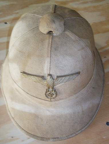 Unique Heer Pith Helmet - Thoughts???