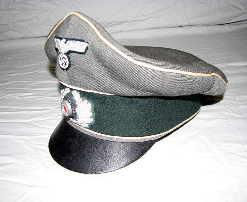 My new Heer infantry field visor cap (Feldmutze alter Art)
