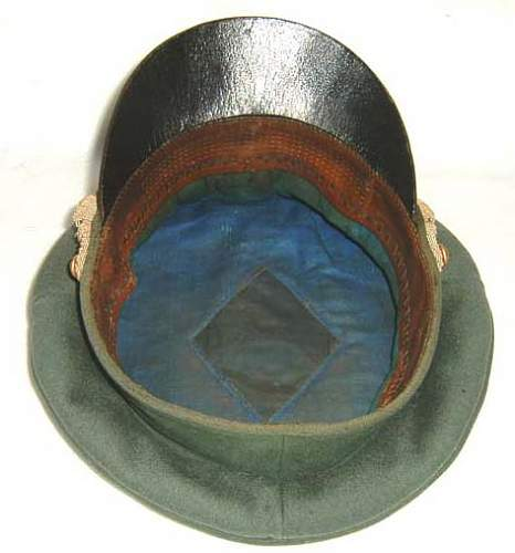 Kriegsmarine Coastal Artillery officer - leather visor schirmutze