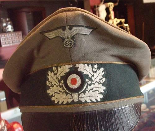 Looking for advice to sell Generals Feldmutze Alter Art