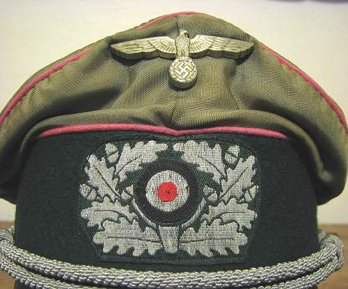 Silk Top Crusher; Heer Panzer Officer