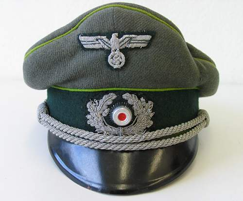 Click image for larger version.  Name:EREL  Panzer Grenadier Officers Visor 1.jpg Views:1030 Size:77.5 KB ID:153962