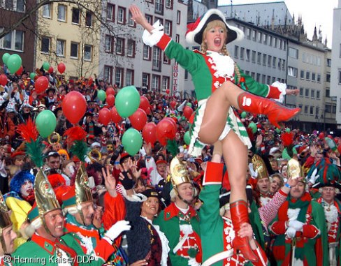 Name:  karneval500_5002.jpg Views: 256 Size:  71.1 KB