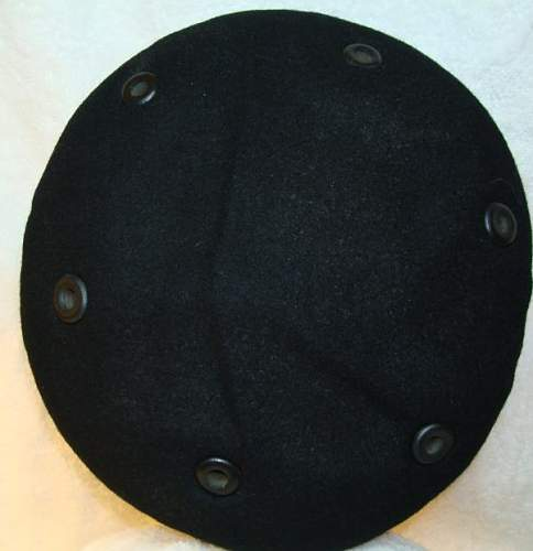 Click image for larger version.  Name:Beret6.JPG Views:87 Size:32.8 KB ID:183415