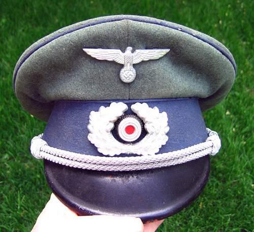 Army sonderfuhrer or ...?