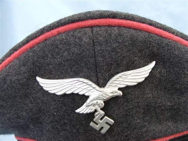 Click image for larger version.  Name:Pink piped Luftwaffe visor cap 012.jpg Views:134 Size:77.6 KB ID:20761