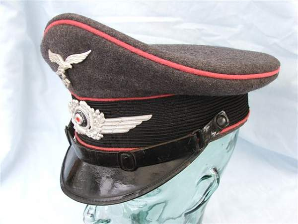 Click image for larger version.  Name:Pink piped Luftwaffe visor cap 017.jpg Views:120 Size:55.5 KB ID:20766
