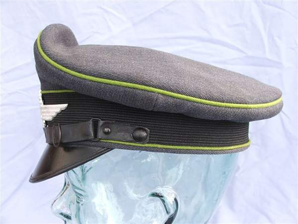 Click image for larger version.  Name:Green piped LW visor cap 020.jpg Views:156 Size:54.4 KB ID:20942