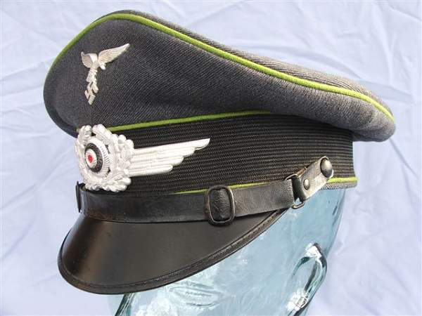 Click image for larger version.  Name:Green piped LW visor cap 022.jpg Views:116 Size:60.6 KB ID:20944