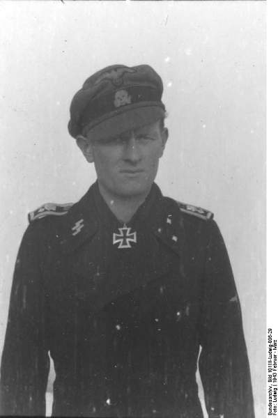 Click image for larger version.  Name:Bundesarchiv_Bild_101III-Ludwig-006-29%2C_Hans_Reimling.jpg Views:1244 Size:27.9 KB ID:21392