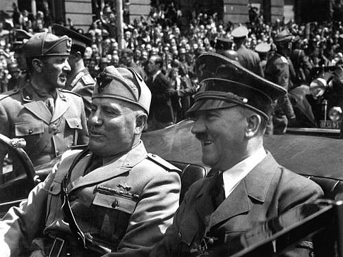 Click image for larger version.  Name:800px-Hitler_and_Mussolini_June_1940.jpg Views:1378 Size:94.8 KB ID:221105