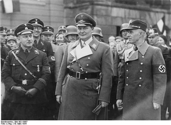 Click image for larger version.  Name:Bundesarchiv_Bild_102-15607,_Potsdam,_Wilhelm_Kube,_Göring,_Hans_Friedrichs.jpg Views:428 Size:59.6 KB ID:24774