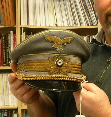 Click image for larger version.  Name:Me and Goring's cap (Medium).jpg Views:21 Size:84.5 KB ID:300987