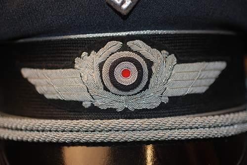 Click image for larger version.  Name:Luftwaffe%20Officer%20visor%20VL-120%20bg7.jpg Views:90 Size:103.9 KB ID:302989