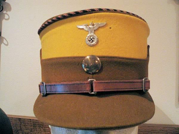 Early Paramilitary Headgear
