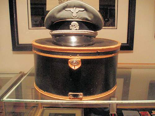 Click image for larger version.  Name:AUSTRIAN SS OFFICER VISOR CAP.jpg Views:247 Size:87.1 KB ID:361770