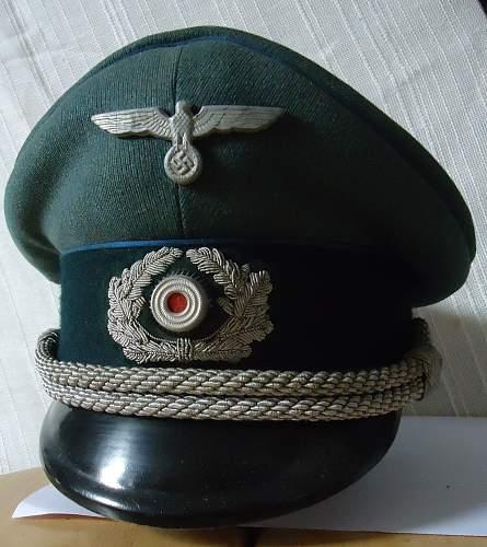 caps of the wehrmachtbeamte-heer