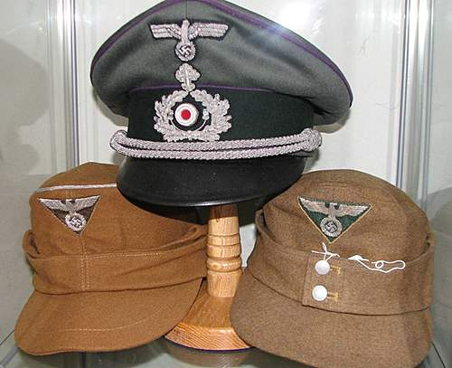 Click image for larger version.  Name:Chaplin and SA Wehrmannschaft M43s Officer and OR.jpg Views:222 Size:88.1 KB ID:376659