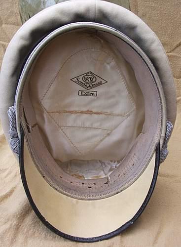 Click image for larger version.  Name:Luftwaffe visor caps 016.jpg Views:91 Size:223.6 KB ID:383483