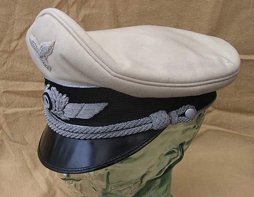 Click image for larger version.  Name:Luftwaffe visor caps 014.jpg Views:875 Size:195.0 KB ID:383489