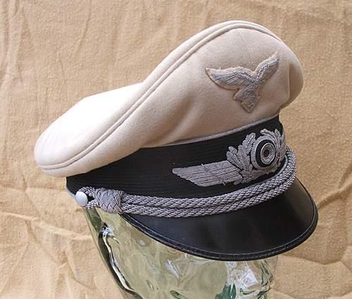 Click image for larger version.  Name:Luftwaffe visor caps 010.jpg Views:315 Size:219.2 KB ID:383490