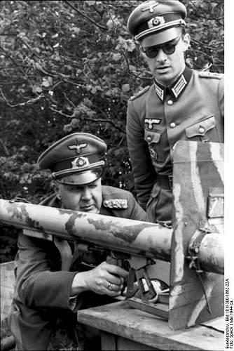 Click image for larger version.  Name:General der Panzertruppen Adolf Kuntzen.JPG Views:105 Size:70.6 KB ID:413050