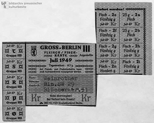 Click image for larger version.  Name:30018787 Berliner Lebensmittelkarte.jpg Views:155 Size:101.4 KB ID:46750