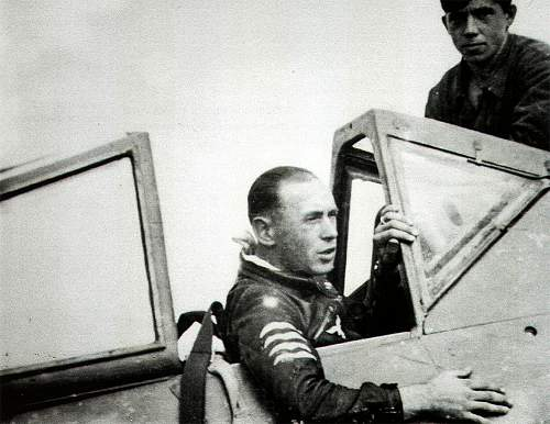 Click image for larger version.  Name:5-Luftwaffe-pilot-11.(Sturm)JG3-Willi-Unger-in-his-Fw-190A8-Salzwedel-01.jpg Views:874 Size:93.6 KB ID:495896