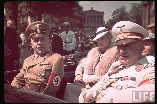Click image for larger version.  Name:hist_eur_ger_20_nazi_-20ley_robert_car_-20berlin_1939.jpg Views:238 Size:113.6 KB ID:522755