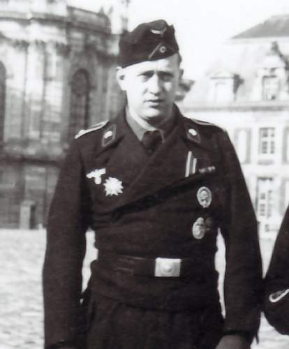 Click image for larger version.  Name:4.5.Former member of Legion Condor (with Legion Condor Panzer Badge)4.jpg Views:1011 Size:61.4 KB ID:546667