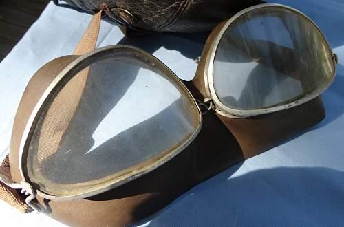 Luftwaffe Flight Helmet with Goggles