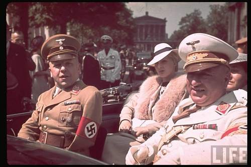 Click image for larger version.  Name:hist_eur_ger_20_nazi_%2520ley_robert_car_%2520berlin_1939.jpg Views:328 Size:104.8 KB ID:580127