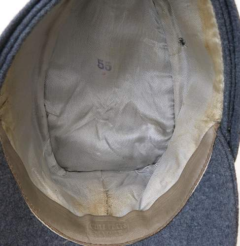 Click image for larger version.  Name:Luftwaffe officer single button M43 cap 010.jpg Views:251 Size:224.9 KB ID:583991