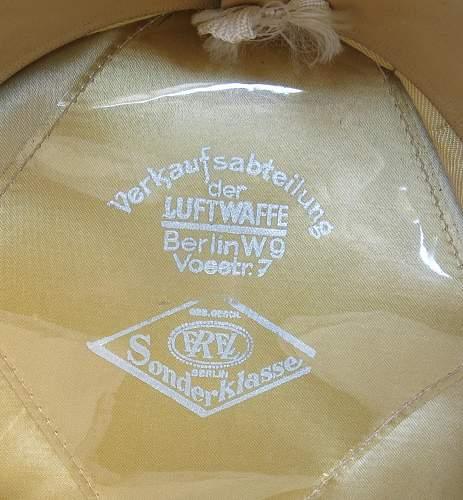Click image for larger version.  Name:Early Erel Luftwaffe officer visor cap 009.jpg Views:27 Size:227.7 KB ID:584027
