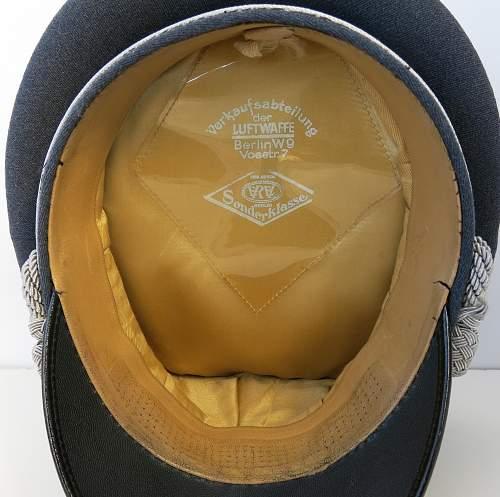 Click image for larger version.  Name:Early Erel Luftwaffe officer visor cap 010.jpg Views:53 Size:225.5 KB ID:584028